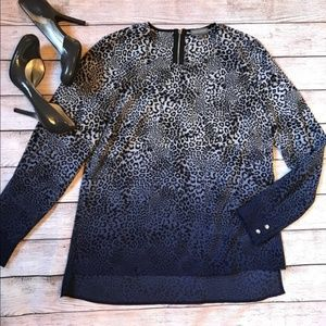 Vince Camuto Leopard Print Long Sleeve Top S